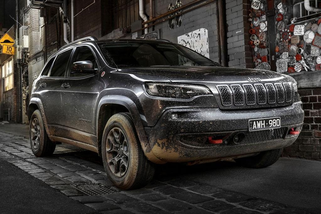 Upgraded Jeep Cherokee goes mainstream - www carsales com au