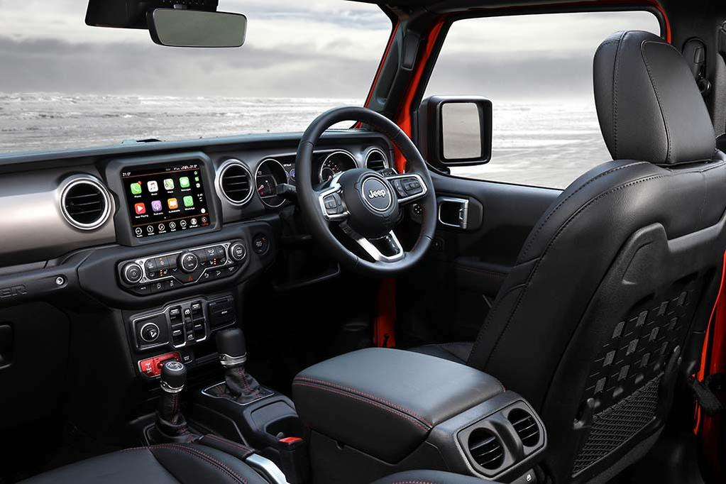 Stupendous New Jeep Wrangler Gets Five Stars From Buyers Gmtry Best Dining Table And Chair Ideas Images Gmtryco