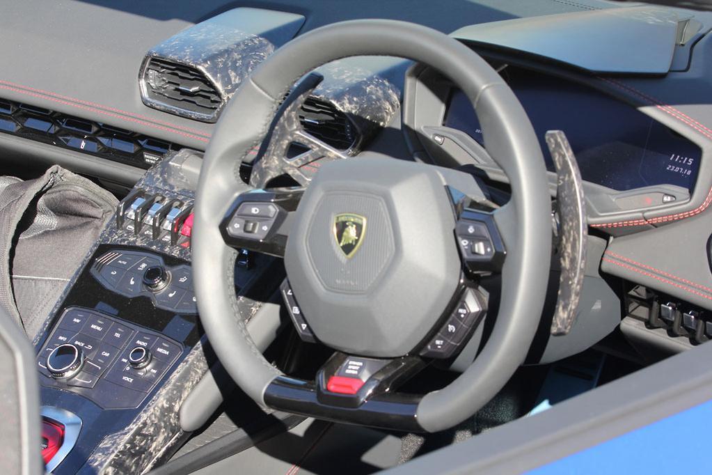 Lamborghini Huracan Spyder 2018 Review Www Carsales Com Au