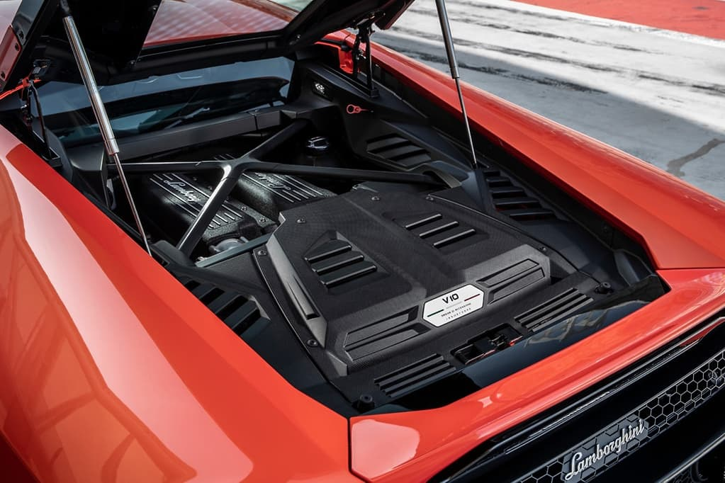 Lamborghini Huracan Evo 2019 Review - International - www carsales