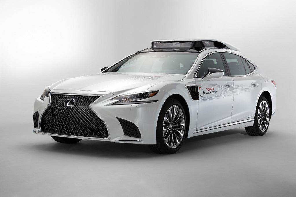 Lexus LS 500h concept will make you feel superhuman - www
