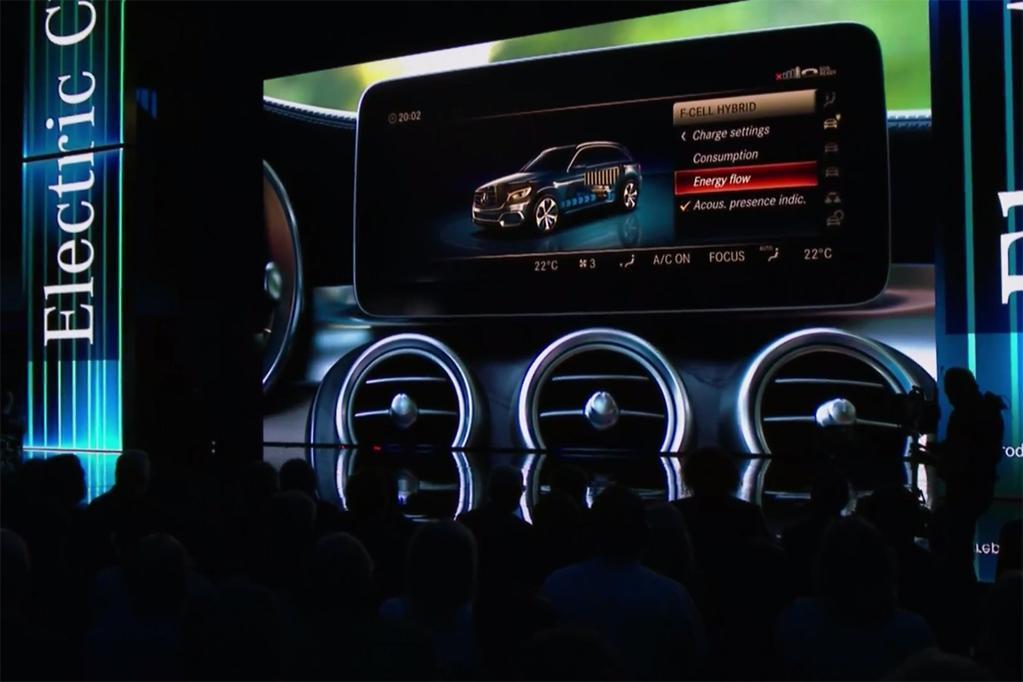 FRANKFURT MOTOR SHOW: Mercedes-Benz Unveils GLC Fuel Cell - www