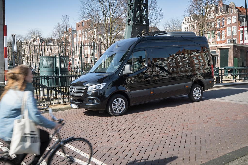 Mercedes-Benz Sprinter to hit the ground running - www