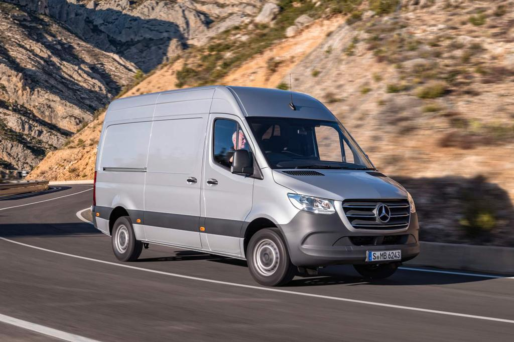 5f9eb42831 Mercedes-Benz secures Australia Post contract - www.carsales.com.au