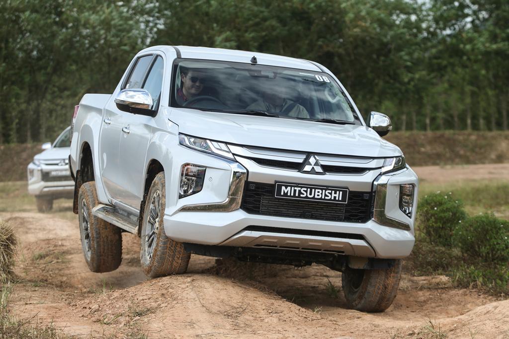 2020 Mitsubishi Triton Price, Release Date, Changes, And Specs >> Mitsubishi Triton 2019 Review International Www Carsales