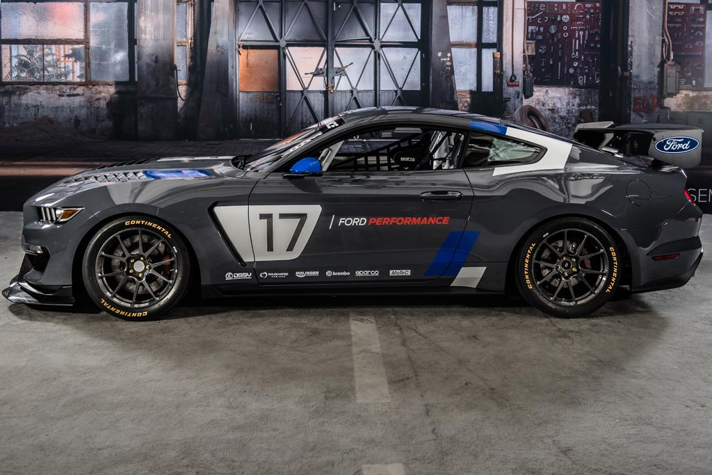 Motorsport Ford Is Back In Supercars Racing Www Carsales Com Au