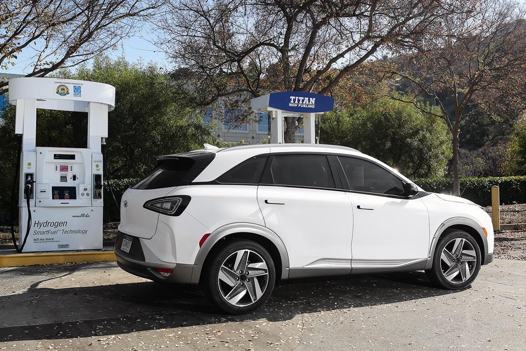 Ces 2018 Hyundai Nexo Hydrogen Car Revealed Www Carsales Com Au