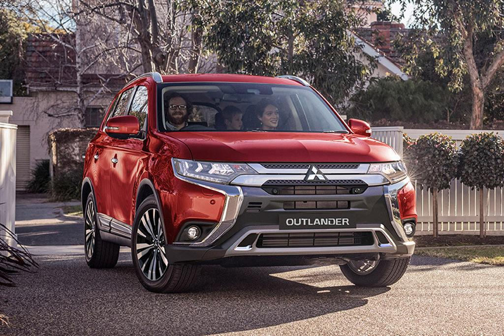 2019 Mitsubishi Outlander arrives - www carsales com au