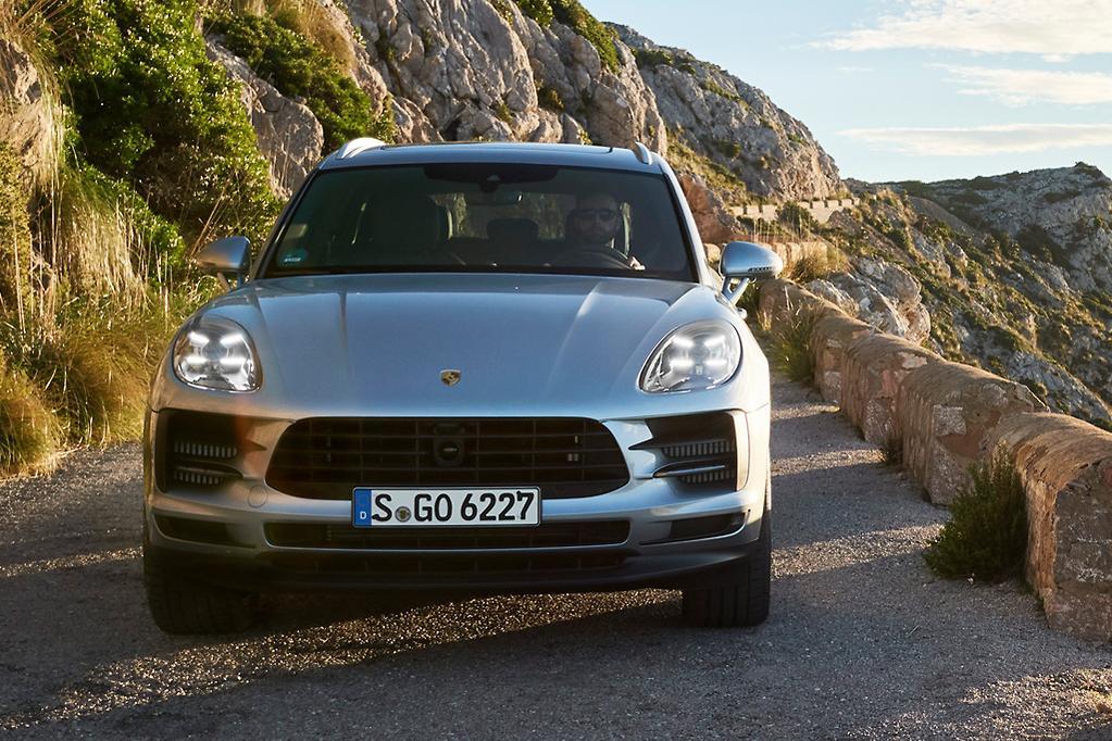 Porsche Macan 2019 Review - International - www carsales com au