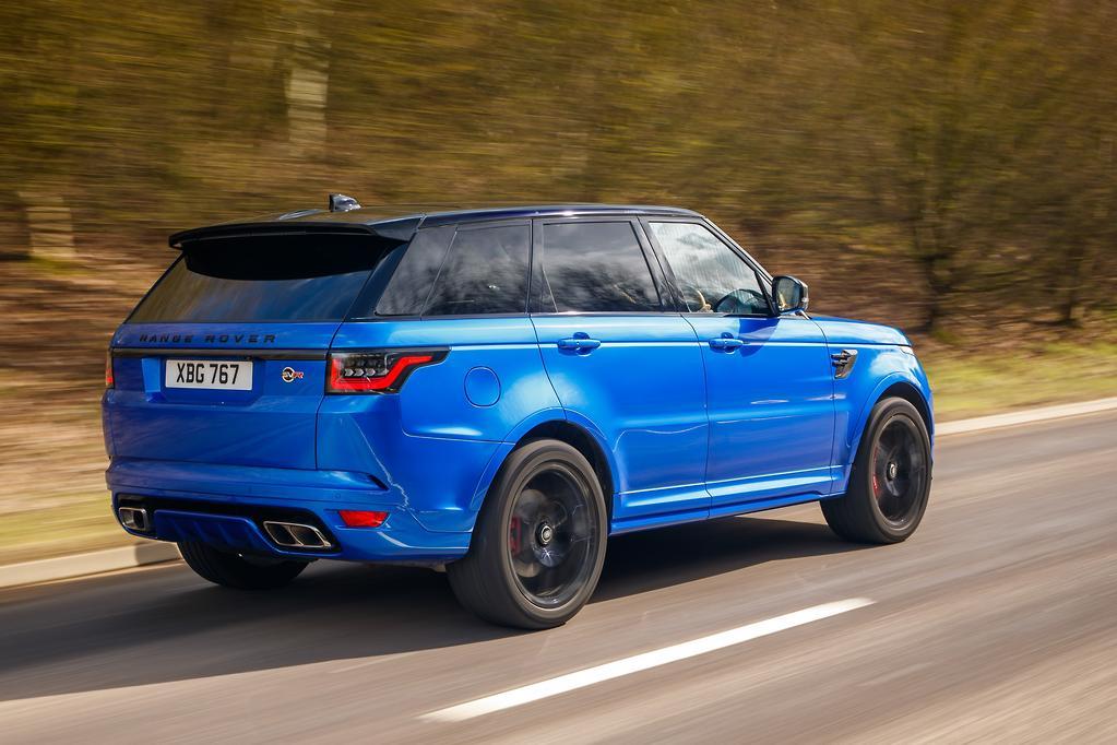 Range Rover Sport SVR 2018 Review - www.carsales.com.au