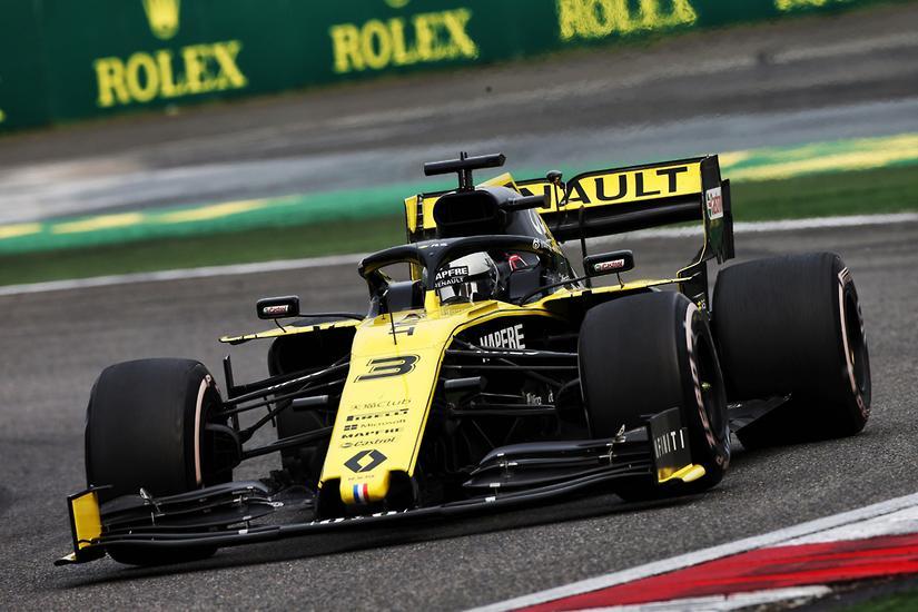 Motorsport Ricciardo Pretty Happy With Renault Www Carsales Com Au