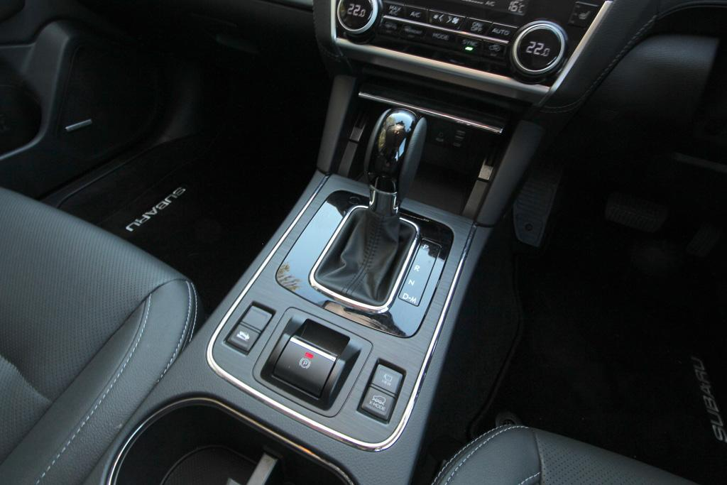which is better for towing a manual or automatic