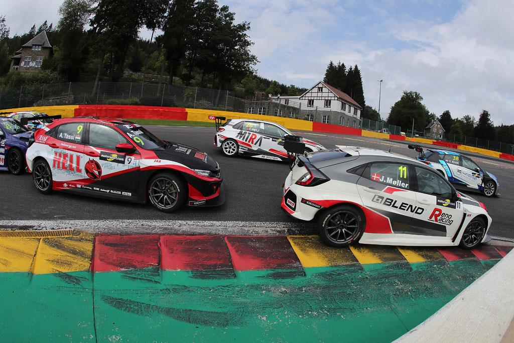 Australia Is The Latest Country To Launch A Championship With Tcr Series Already Up And Running In A Number Of European Markets Asia And The Usa