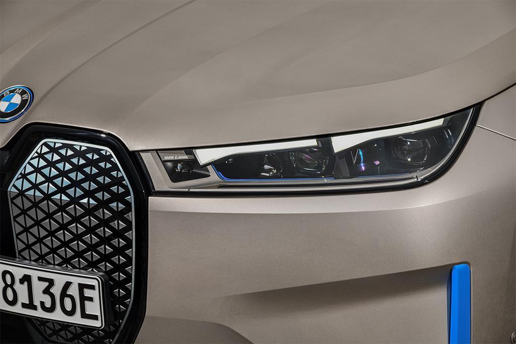 BMW iX revealed - www.carsales.com.au