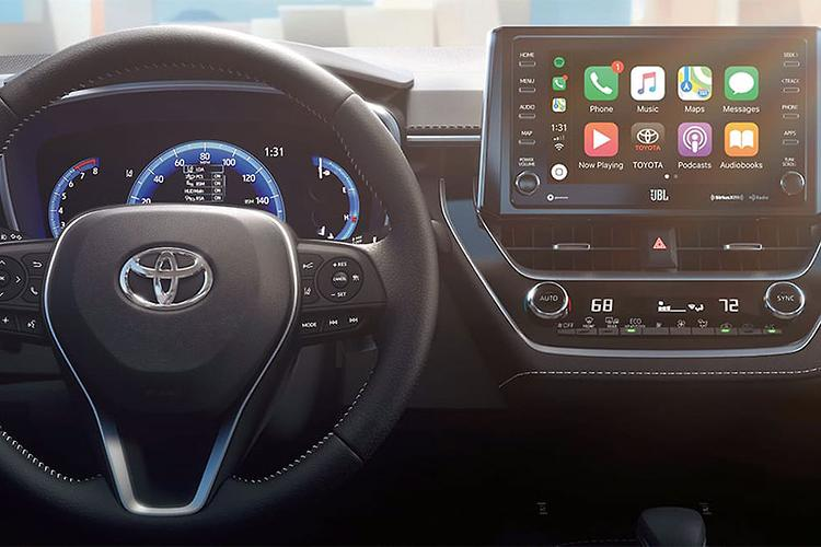 Why Apple CarPlay is years away for Toyota Australia - www carsales