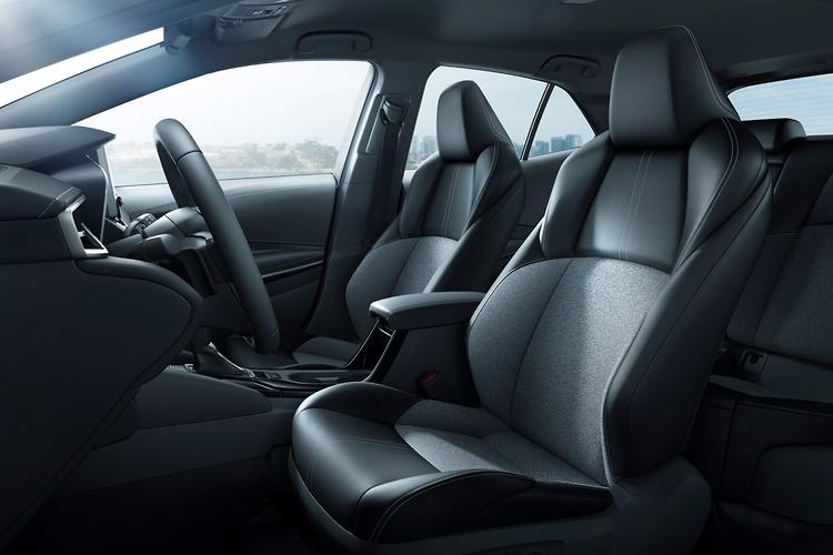 Fresh Images Give Us A First Look At The Next Corollau0027s Interior, Ahead Of  Another Public Reveal At Next Weeku0027s New York Motor Show.