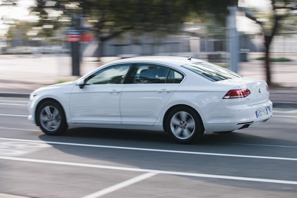 Volkswagen Passat 2018 Review - www carsales com au