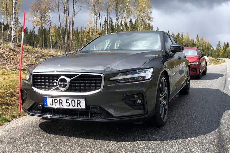 Volvo S60 T5 2019 Review - www carsales com au