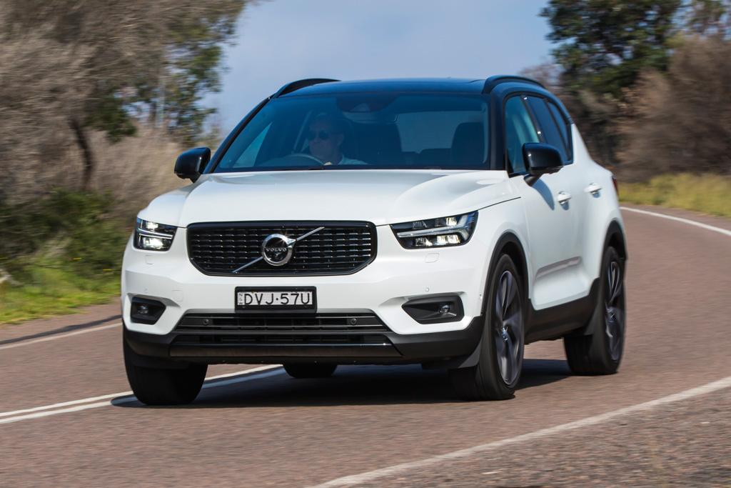 volvo xc40 2018 review. Black Bedroom Furniture Sets. Home Design Ideas