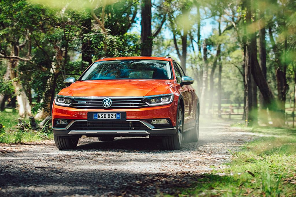 Volkswagen Passat Alltrack 2016 Review - www carsales com au