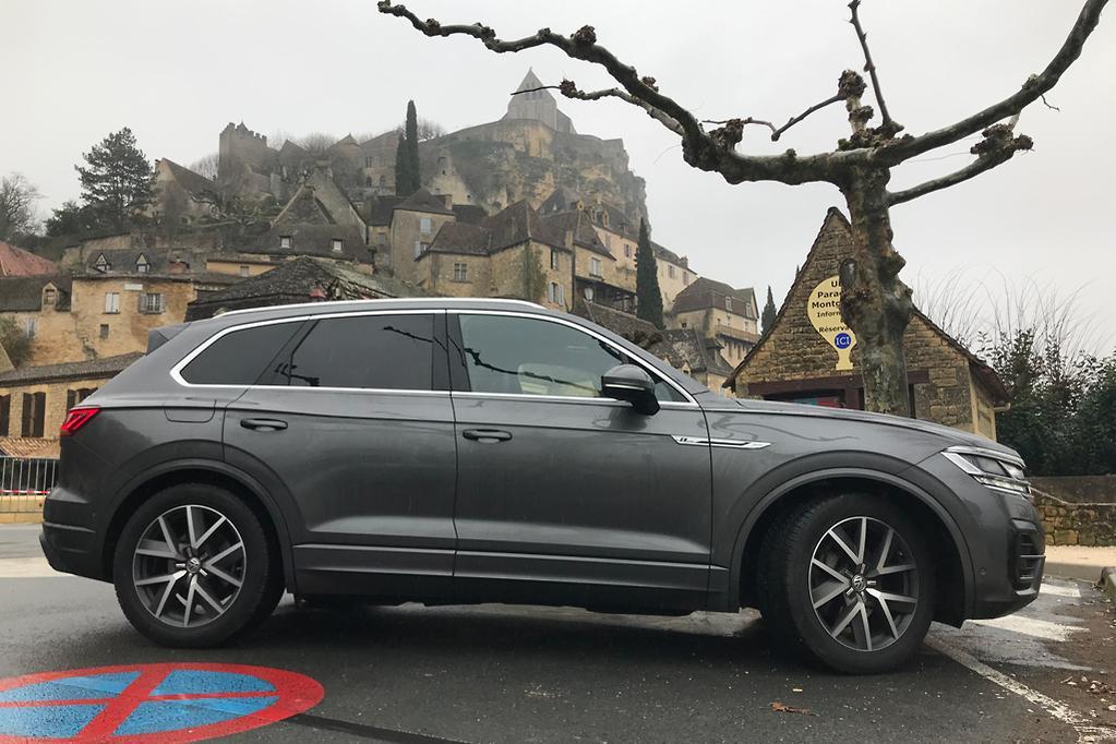 Volkswagen Touareg 2019 Review Carsales Com Au