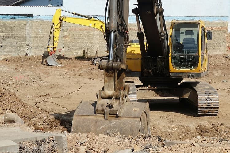 How to check and tune track tension - www constructionsales