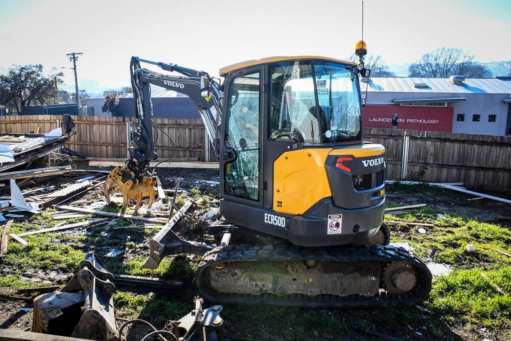 Volvo ECR50D mini excavator – Operator Review - www