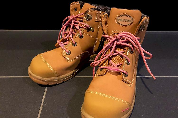 zip-sided steel-capped boots review
