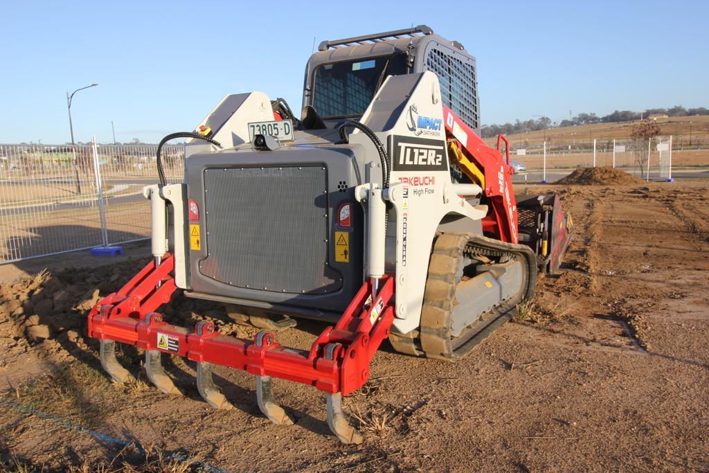 Takeuchi TL12R2 loader makes its mark - www constructionsales com au