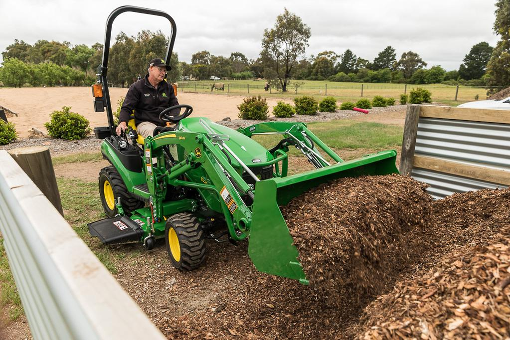 John Deere 1025R compact tractor review - www farmmachinerysales com au