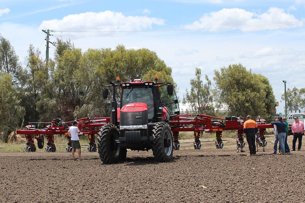 Case IH Early Riser 2130 planter arrives in Oz - www