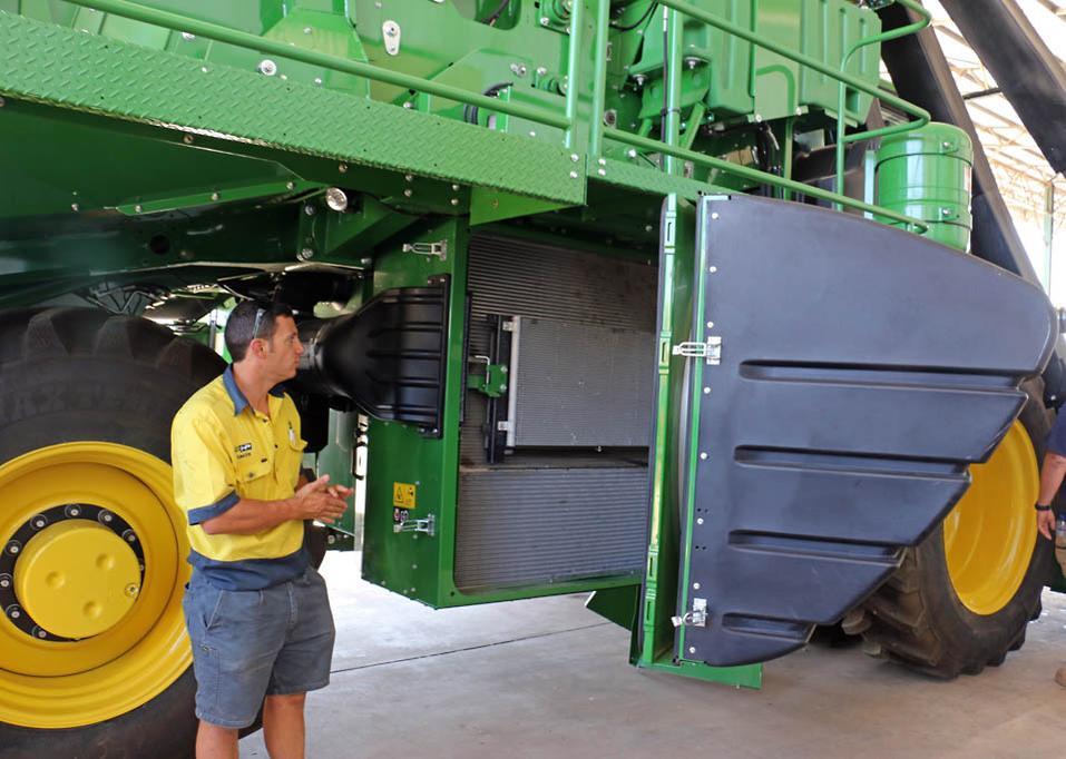Machine spotlight: John Deere 7760 cotton picker - www