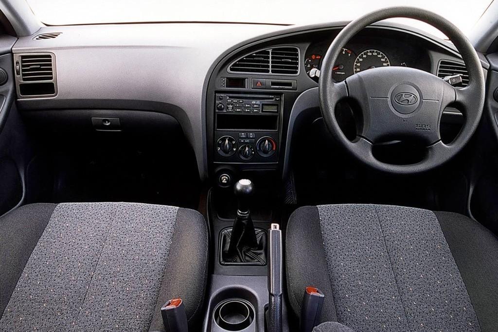 Buying Used: Hyundai Elantra XD series (2000-07) - www redbook com au