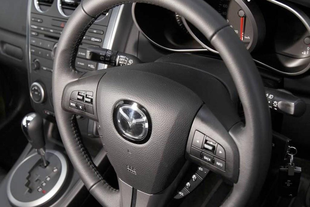 Buying Used: Mazda CX-7 (2007-2012) - www redbook com au