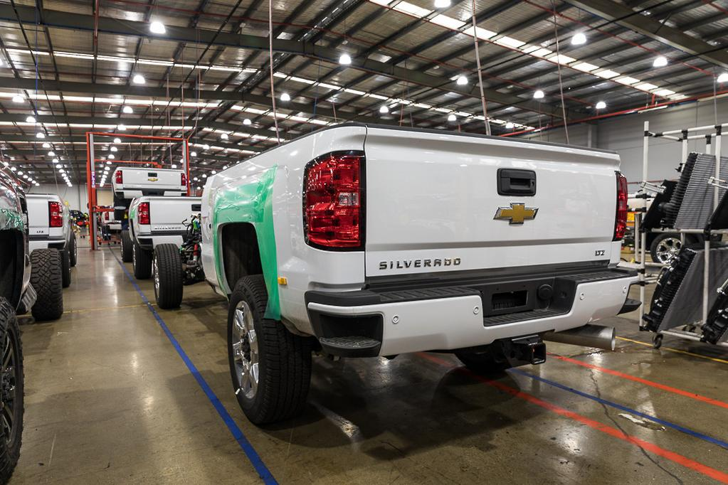 Chevrolet Silverado 2500hd Midnight Edition Review Www Trucksales