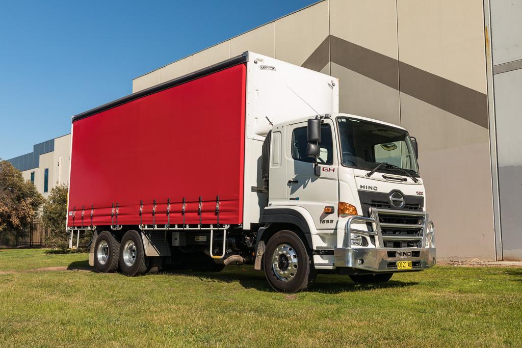 2018 Hino 500 Series GH 1832 6x2: Review - www trucksales com au