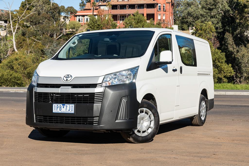 2019 Toyota HiAce LWB manual petrol: Review - www trucksales