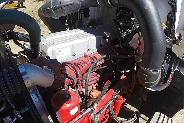 Review: 2014 Mack Super-Liner - www trucksales com au