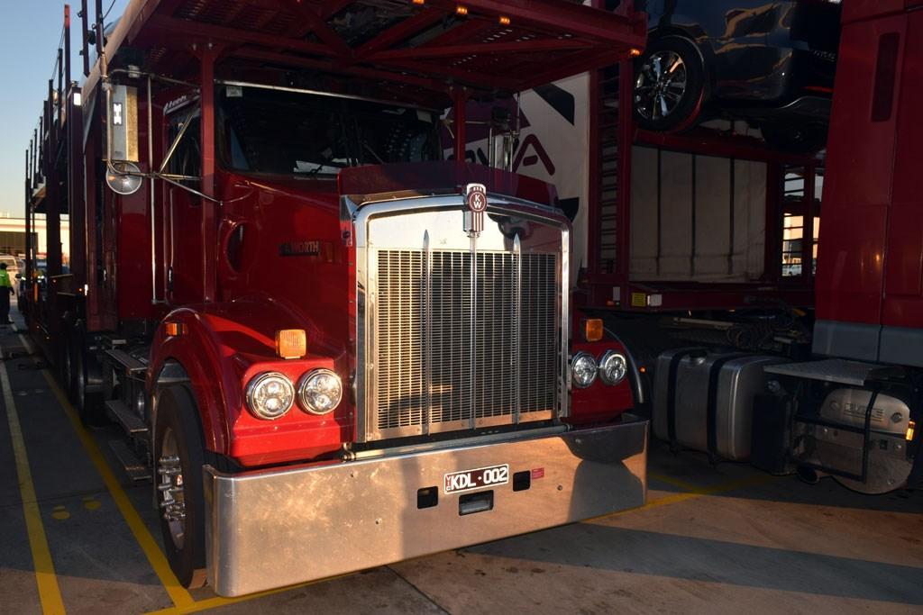 Kenworth T409 Car Carrier: Review - www trucksales com au
