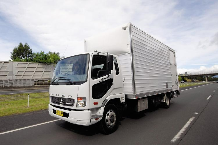 Review: Fuso FM 1627 Fighter - www trucksales com au