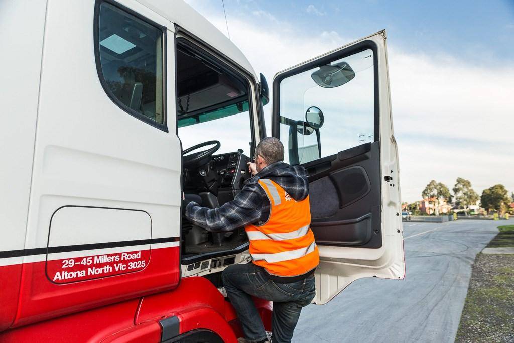 how to get a truck licence in australia