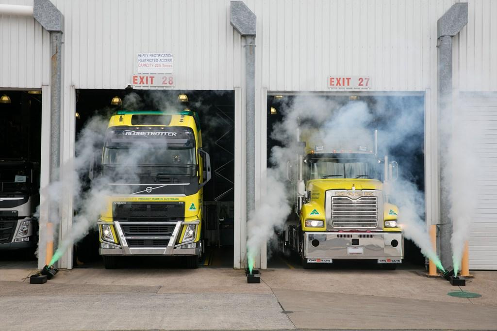 Vga Celebrates 60 000th Wacol Truck Www Trucksales Com Au