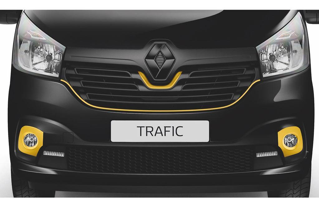Renault announces 2018-spec Trafic Formula Edition - www