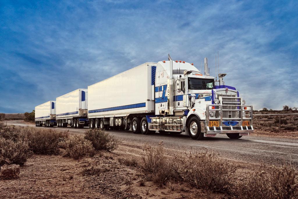 PACCAR Australia recognises top suppliers - www trucksales com au