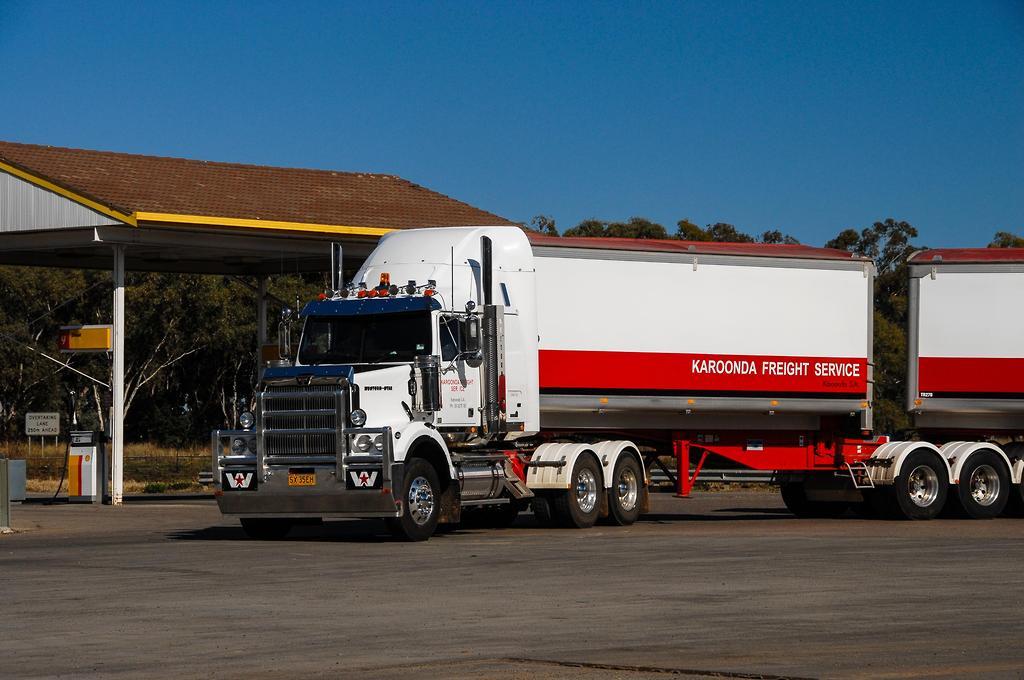 Western Star 4800FX: B-Double review - www trucksales com au